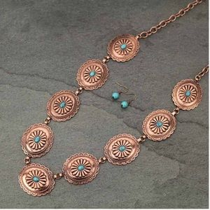 Western Linked Conchos Necklace Set